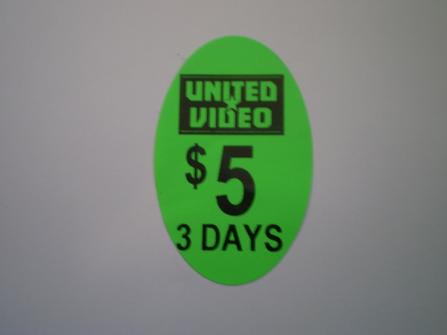 40x25 Oval Pricing Label - Day Glow green